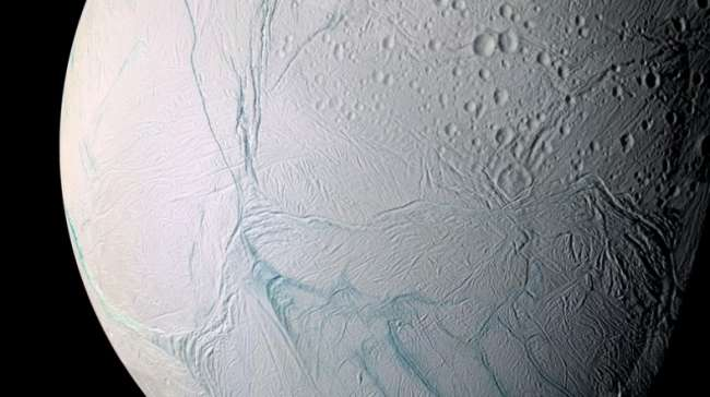 Satürn'ün Uydusu Enceladus'ta Dev Okyanus